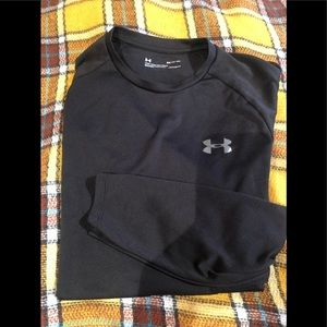 Men's Under Armour Long Sleeve Heat Gear.